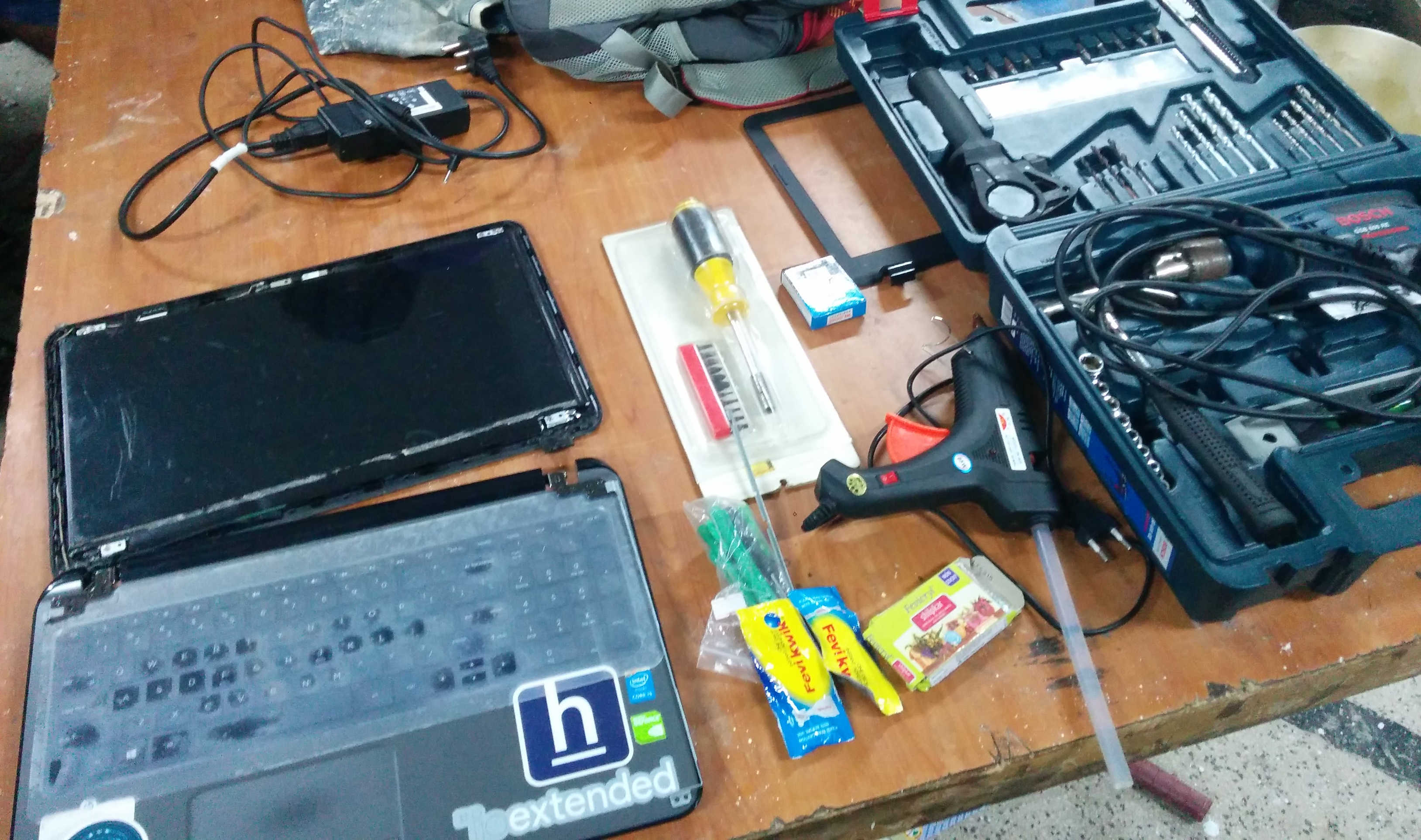 laptop-repair-tools